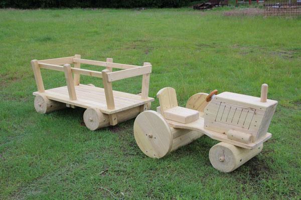 PR0286 Traktor mit Anhänger