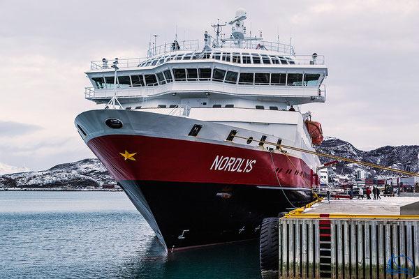 Die MS Nordlys im hafen von Bodø.