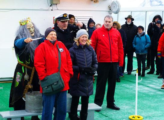 Polarkreistaufe auf der MS Nordlzs.