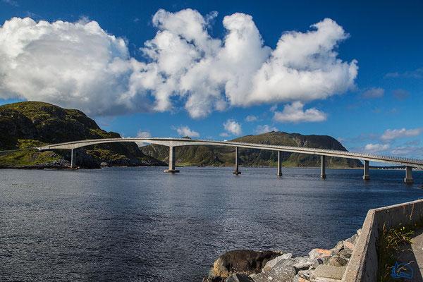 Die Brücke zur Anfahrt auf die Insel Runde.