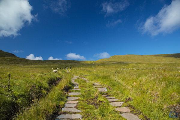 Die Wege sind teilweise sehr gut mit Felsplatten ausgelegt.