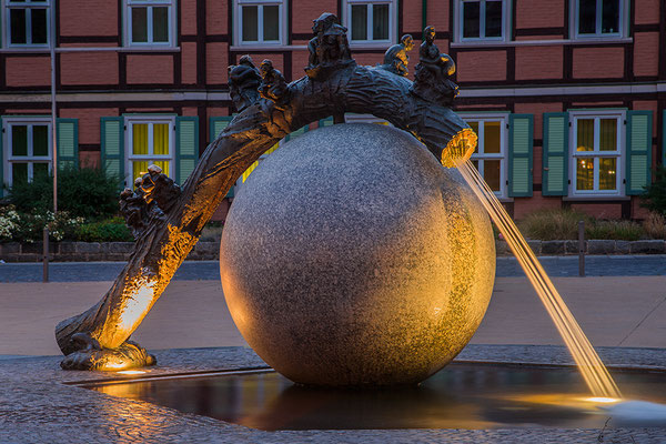 Wernigerode bei Nacht - Brunnen