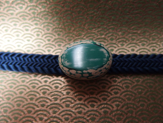鎌倉彫帯留 刀痕/丸/緑1