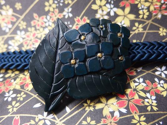 鎌倉彫帯留 紫陽花1