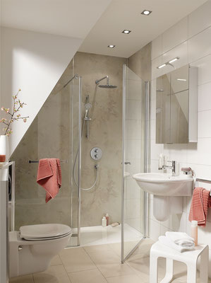 Duschkabine im Sondermaß, Wandverkleidungssystem Renodeco, Foto © HSK
