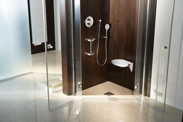 Solida Duschsitz und Haltegriff, Foto © HSK