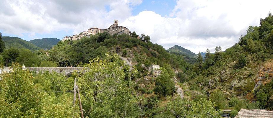 Ardèche - Antraïgue, village de caractère