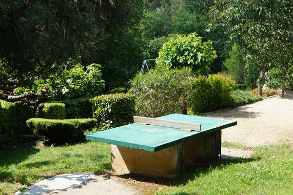 Jardin avec jeux - Domaine de l'Amourié