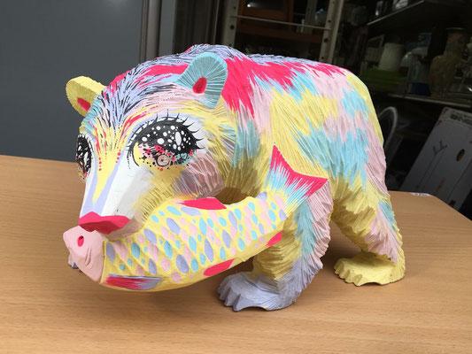 テレビ朝日「やりすぎ!ピンポン代行社」出演時 木彫りの熊ペイント作品