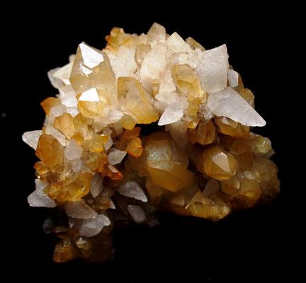 Schöne Kombi aus Bergkristall und Calcit