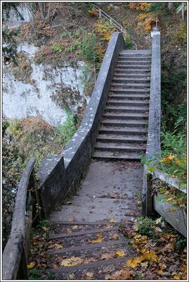 Teufelsbrücke in den Fürstlichen Anlagen von Inzigkofen