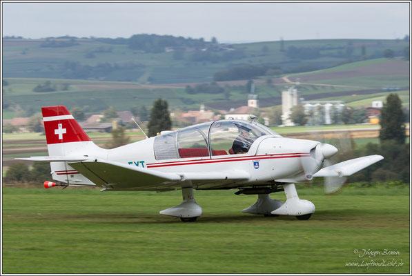 die Schleppmaschine der Segelfluggruppe Schaffhausen, eine ROBIN DR 400/180 R