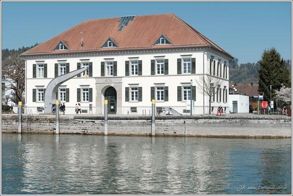 Das Zollhaus in Ludwigshafen, früher Zollamt und Warenumschlagplatz, heute Rathaus und Eventlocation ... was für ein Wort