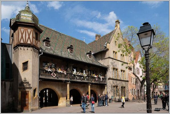 Das Koifhus, 1480 fertiggestellt, ist das älteste öffentliche Bauwerk der Stadt.