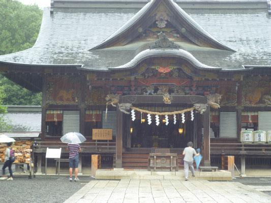 秩父神社本殿 この社は家康公によるものだそうですが神社自体は紀元前からあるのだそうです。