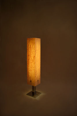 Tischlampe Vogelaugenahorn