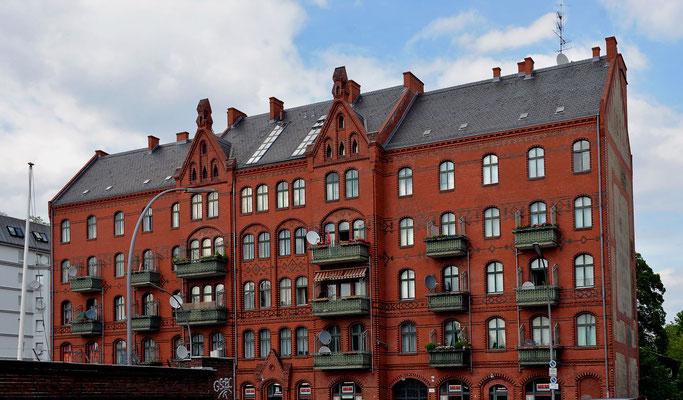 Wohnhaus Arnheim in Berlin Gesundbrunnen
