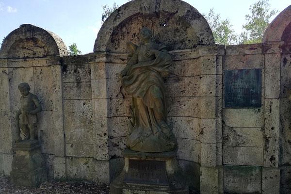 Erbbegräbnis Deul - Waldfriedhof Oberschöneweide