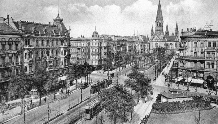 Historische Aufnahme Kurfürstendamm -  Unbekannt [Public domain] - Wikimedia Commons