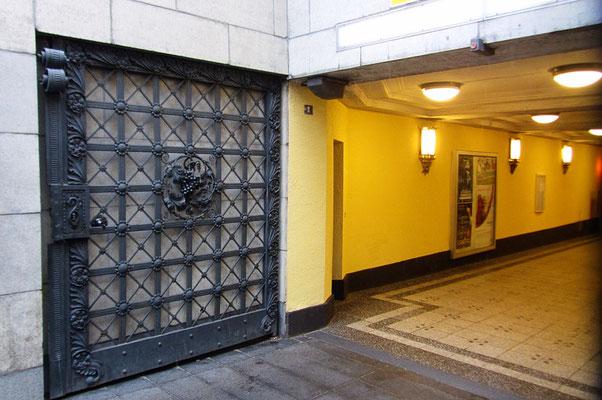 Eingang U3 Rüdesheimer Platz - Berlin Wilmerdsorf - Rheinhau Viertel