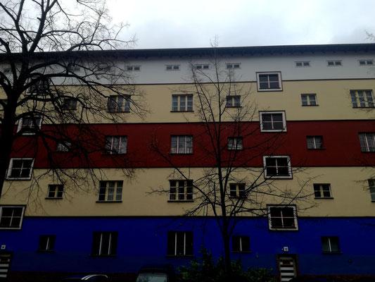 Papageienhaus von Bruno Taut - Trierer Straße Berlin Weißensee