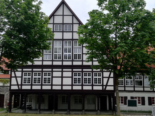 Ehemaliges Schleusenwirtshaus heute Generaldirektion Wasserstraßen und Schifffahrt, Berufsbildungszentrum Kleinmachnow