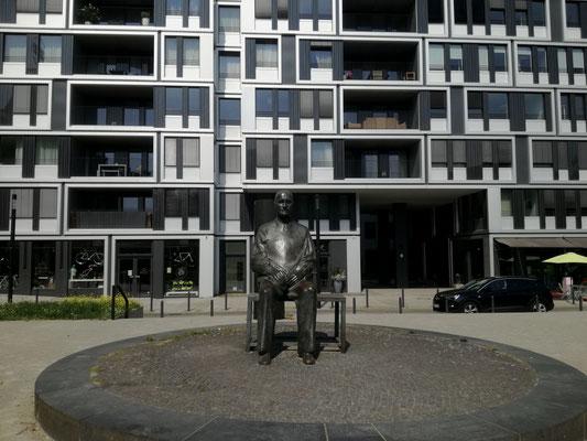 Statue Bertolt Brecht