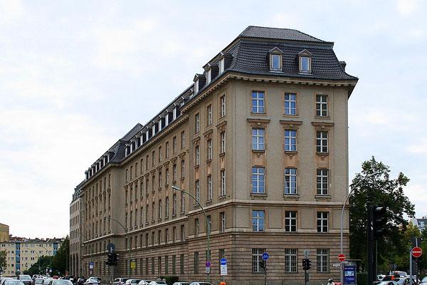 Olex Haus - Berlin Schöneberg - WikiCommons - CC BY-SA 3.0