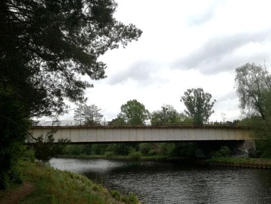 Ehemalige Reichsautobahnbrücke - Grenzübergang Dreilinden