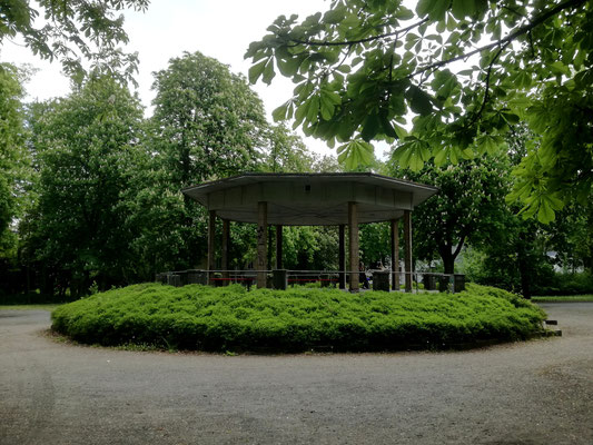 Pavillon an der Eduard-Spranger-Promenade / Teltowkanal