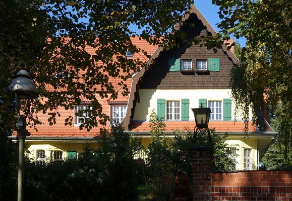 Villa Oranienburger Chaussee 68 - @Bodo Kubrak / CC BY-SA - WikiCommons