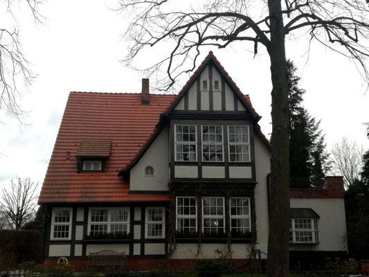 Villa Zeltinger Strasse 39