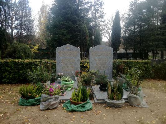 Grabstelle Arthur Brauner auf auf dem Jüdischen Friedhof Heerstraße Berlin Charlottenburg