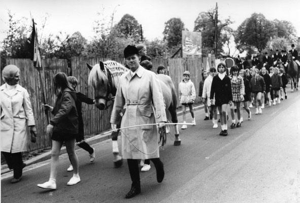 Abholung Reiterkönig Gerd Mehrtens  Mai 1972