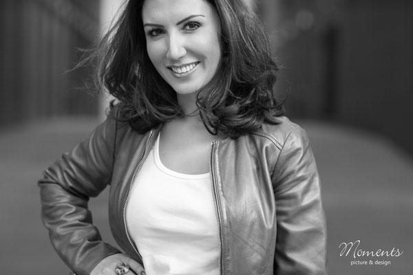 Model: Özlem | Fotodesignerin: Jennifer Baskan