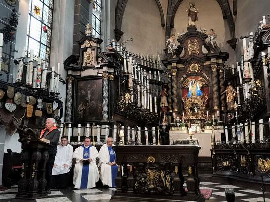 Abschied in der Kerzenkapelle