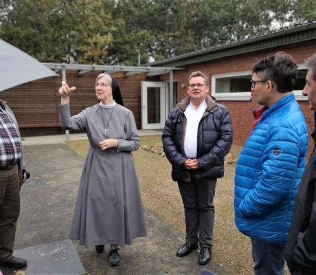 Besuch beim Schwesternkloster