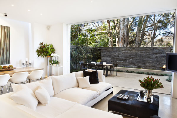 MiniGarten Terrasse aus  Natursteinplatten