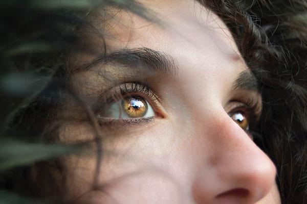 Christelle Gendraud, hypnose et RITMO Retraitement de l'Info traumatique par mouvement oculaire pour soulager le stress post-traumatique
