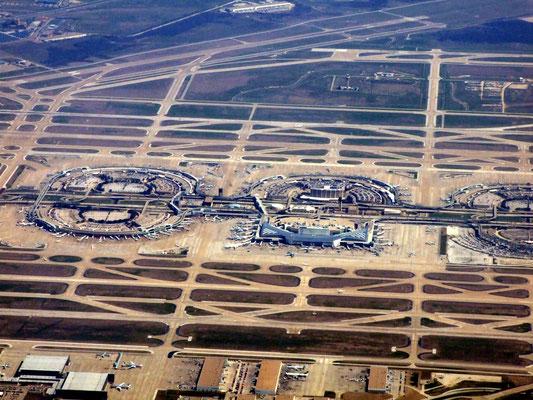 DFW Dallas/Fort Worth International Airport