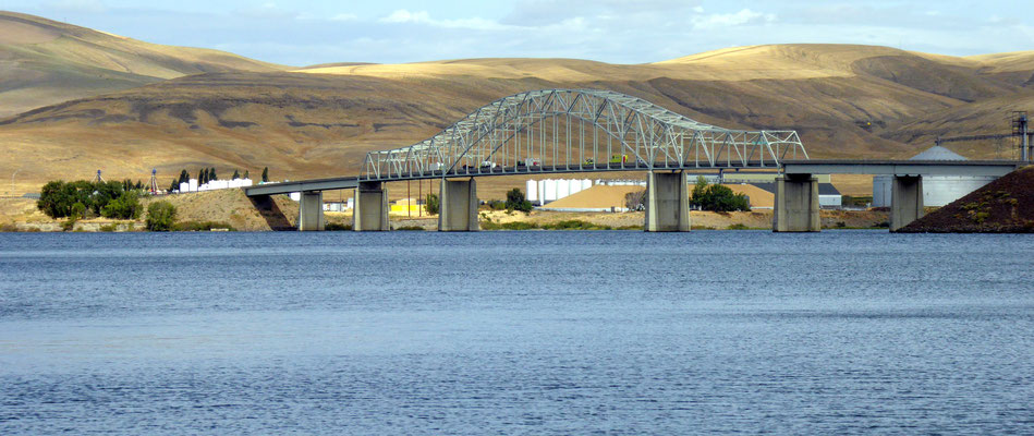 Peyton Snake River Bridge