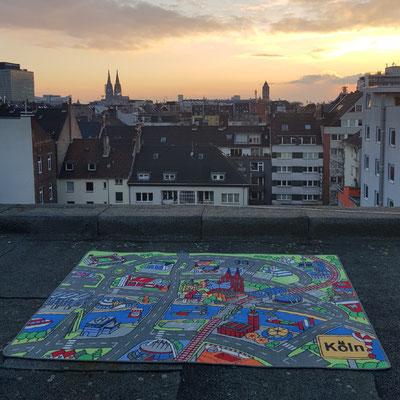 Sonnenaufgang Kölner Dom - Spielteppich Köln - deinspielteppich.de