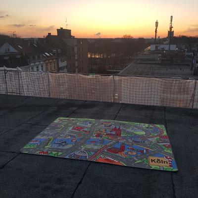 Aachener Weiher Sonnenuntergang - Spielteppich Köln - deinspielteppich.de
