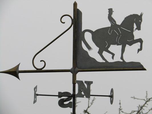 Anjou : Girouette Cadre Noir de Saumur