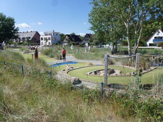 Dünen-Golf - Minigolf spielen in Scharbeutz