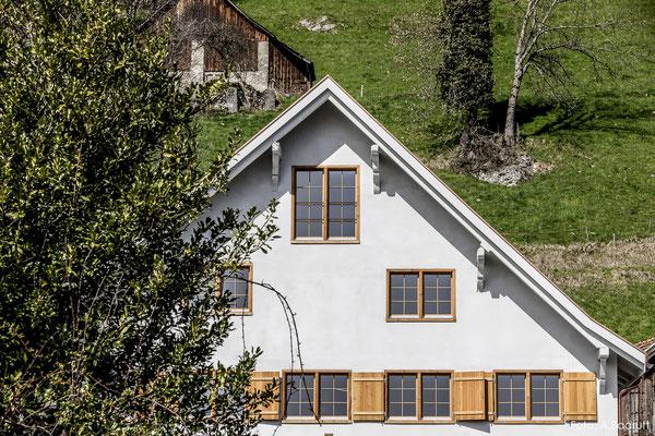 Kalkputz an Mehrfamilienhaus, Sargans