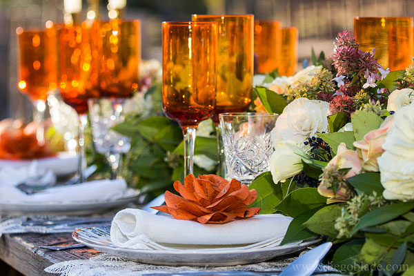 granada-centro-mesa-naranja-rosa-detalle-papel