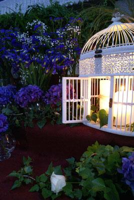 boda-cristina&Carlos-iglesia-paniculata-cadenetas-altar-ortensias-jaula-velas