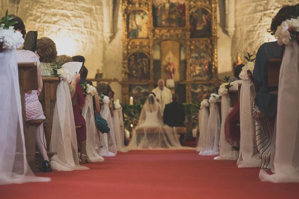 bodas miraMeh-pasillo-iglesia-T&J