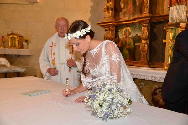 boda-bea&miguel-altar-ramo-lavanda